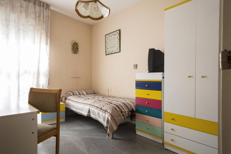 La bienvenida habitaci n individual no lejos de la - Escuela superior de diseno barcelona ...