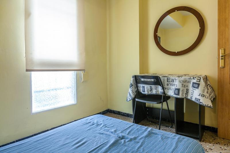 Habitaci n individual en un piso de 4 habitaciones ref for Piso 4 habitaciones valencia