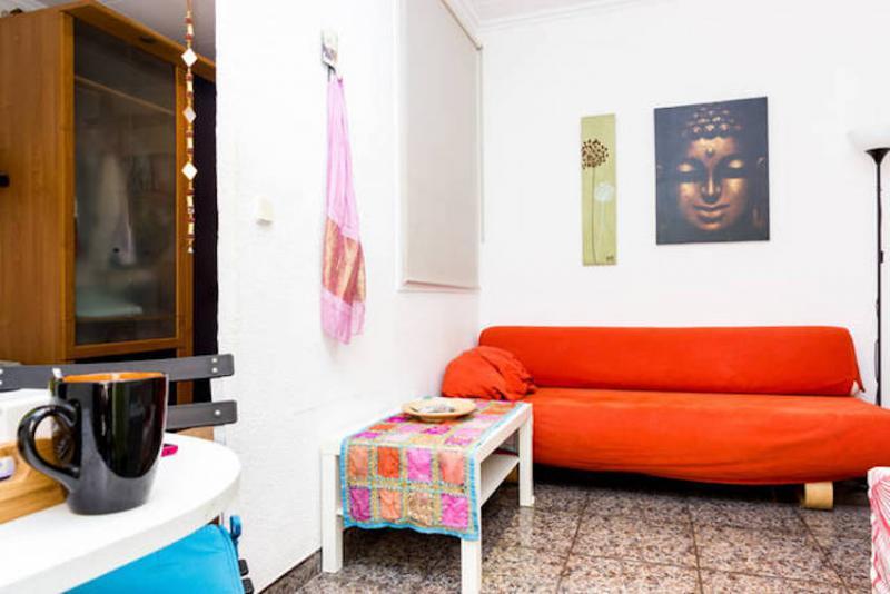 Un piso de 1 habitaci n ref 35699 1 000 con wi fi for Piso 1 habitacion barcelona