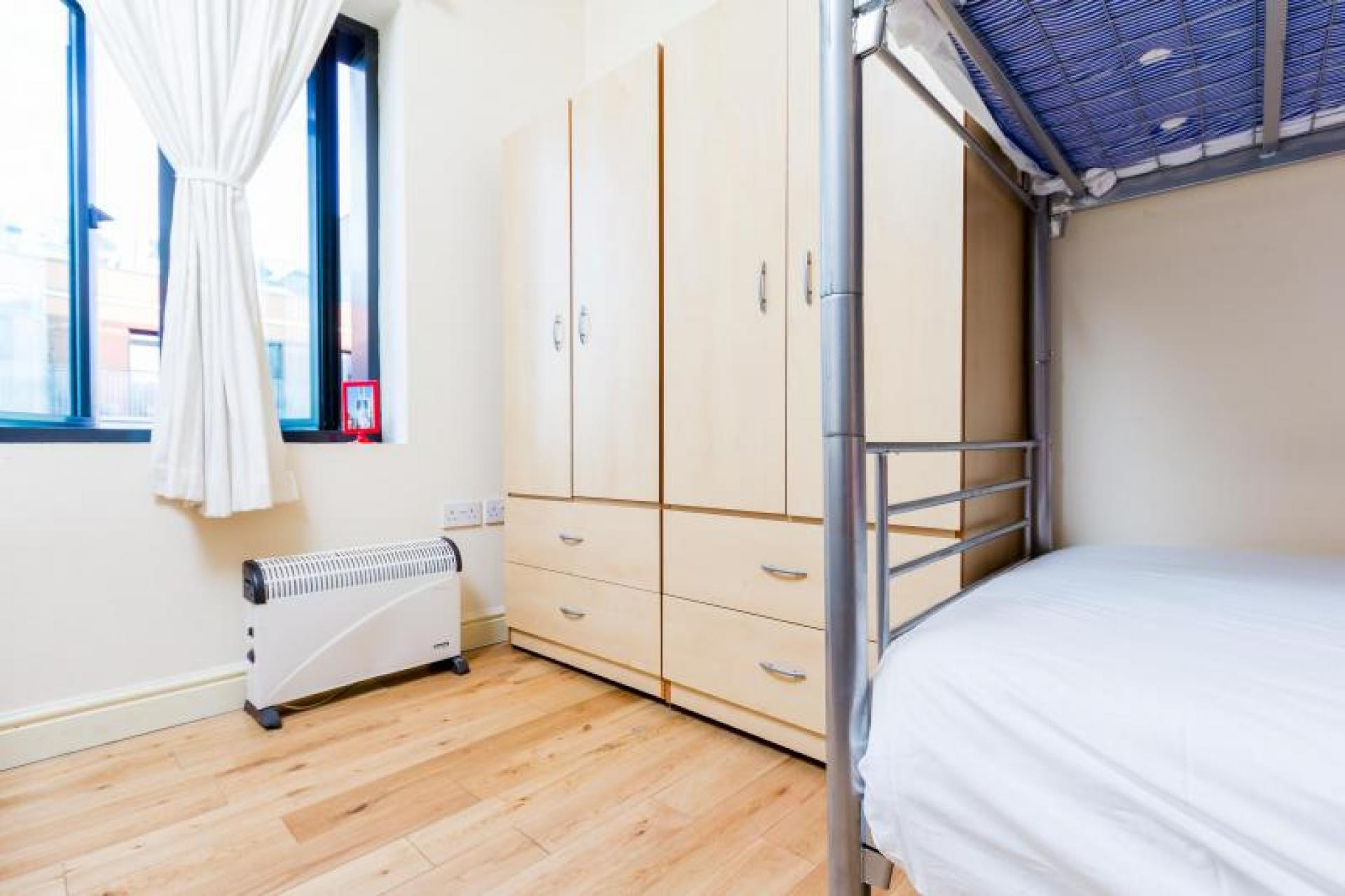 Bunk bed for sale in uk 200 second hand bunk beds for Bunk beds for sale under 200