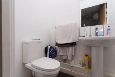 Practical double ensuite bedroom near the school of for A c bathrooms sheffield