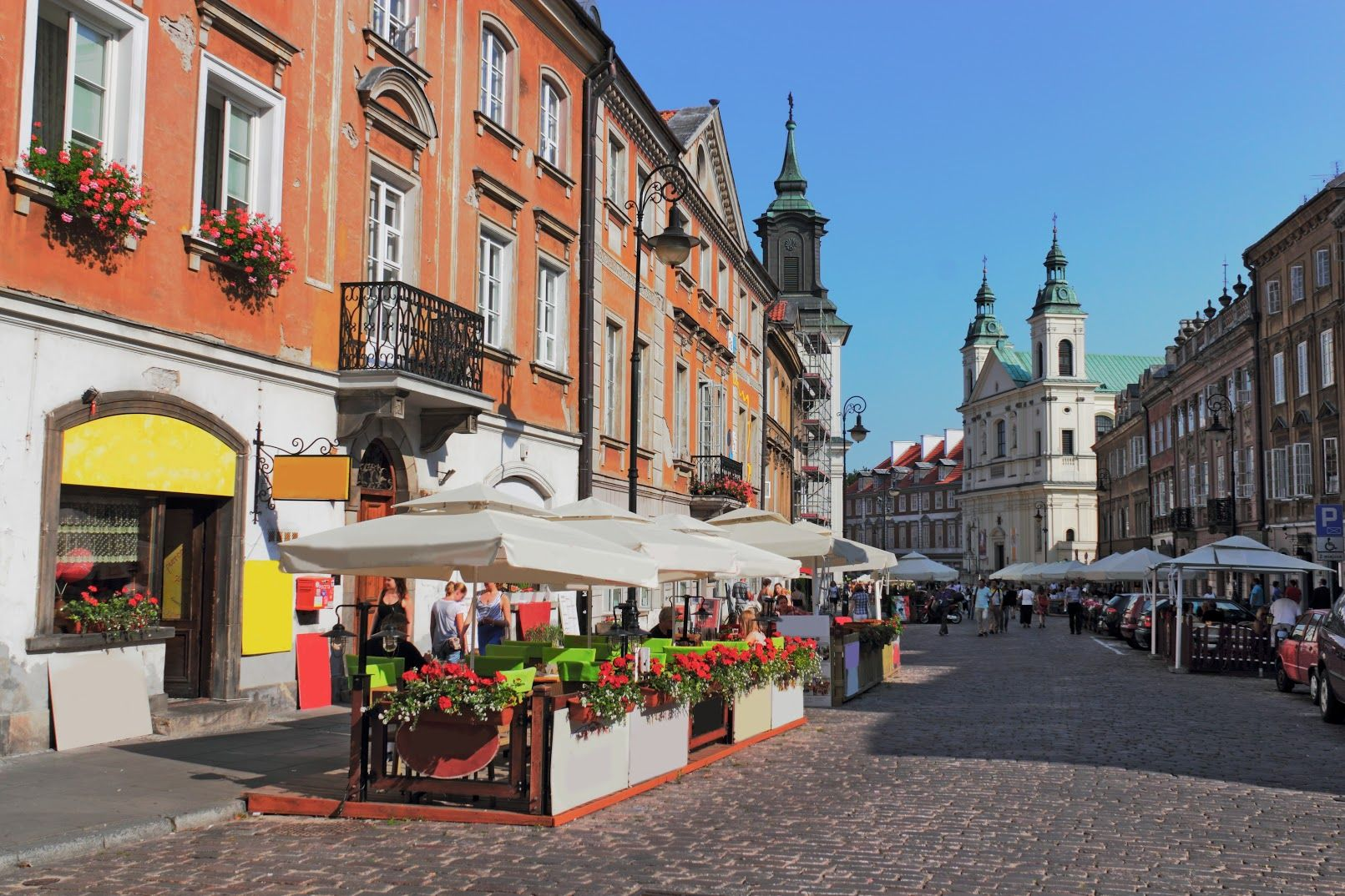 Accommodation in Poland: How to rent a flat in Poland Guide
